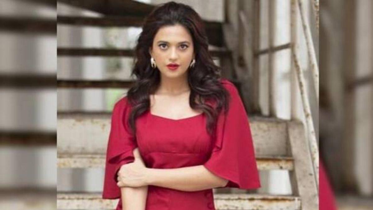Actress Shruti Sharma