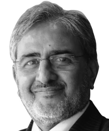 Dr Ishwar Gilada